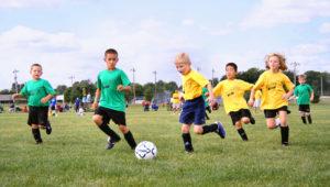 děti při fotbale